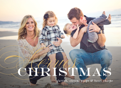 Festive Elegance Foil Christmas Cards are the perfect balance of simple and elegant, and are an excellent way for you to share your family's holiday spirit with your loved ones.