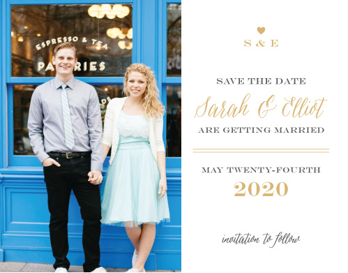If simple is your style, look no further than the Rustic Chic Foil Save-the-Date Magnets!