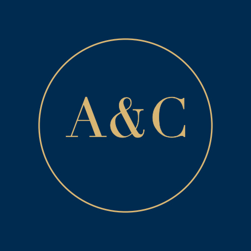 A rich navy colors the background set behind your initials which are framed by an elegantly thin rectangle, and done up in our notorious raised gold foil.