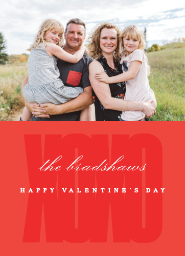 Simple, clean, and undeniably modern, our Bold XO Valentine's Day Cards perfectly convey the warmth and love you have for your friends and family.
