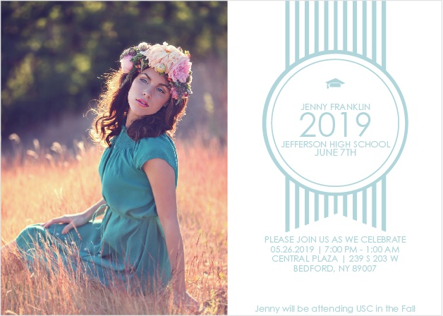 Add your photo to the Ribbon Seal graduation announcement to give this card a personal touch while announcing your graduation event.