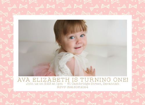 Throw a party for your darling little lady with the Busy Bows Girl First Birthday Party Invitations.