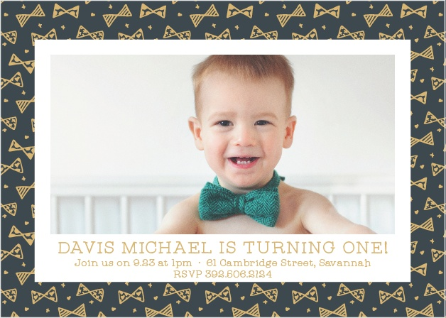 Throw a party for your little one with the Busy Bows Foil First Birthday Party Invitations.