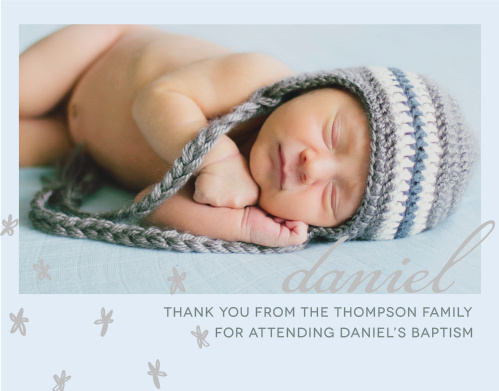 Send your thanks with the relaxed style of the Doodle Petal Foil Boy Thank You Cards.